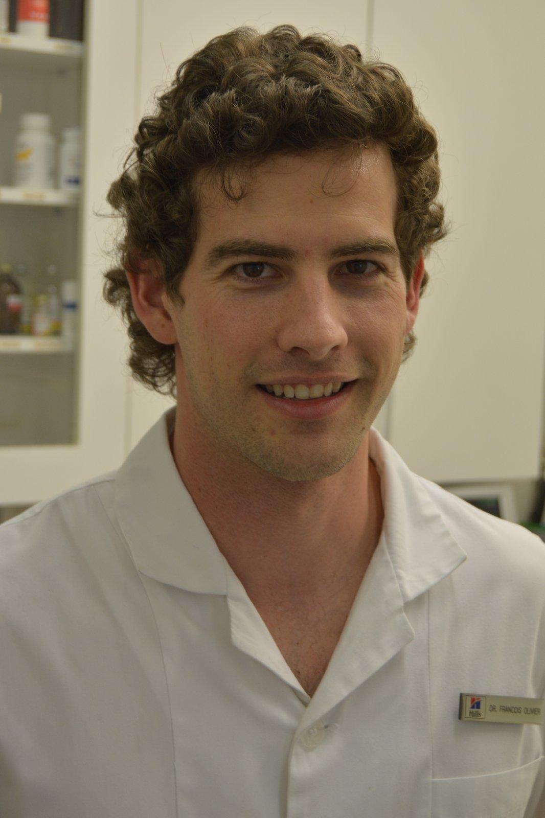 Dr Francois Olivier :